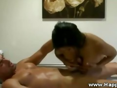 oriental masseuse is giving a kinky irrumation