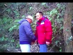 [spy video]chn aged bear chap engulf pounder