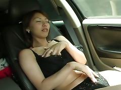 slutty oriental sweetheart masturbates unshaved