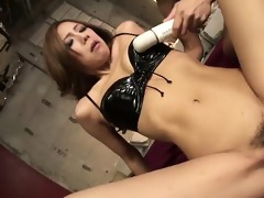 sultry yui hatano goes bottom to take a green