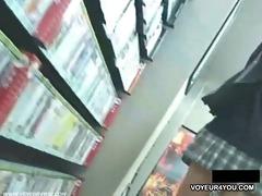 hidden camera live upskirt pants