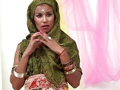 glamorous indian wife engulfing muscle weenie