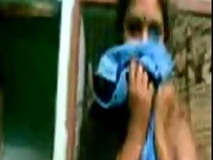 tamil gal shows to bf