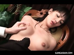 jap breathtaking tramp sucks jock and receives