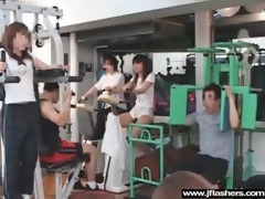 oriental chick beauty flashing in public and team
