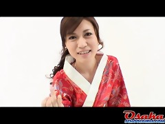 eri is a fresh geisha that is learns how to