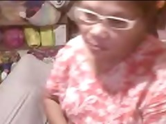 oriental granny elizabeth 02 yr flashing 3 (