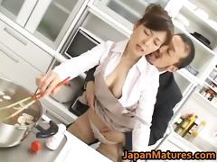 hitomi kurosaki older oriental chick